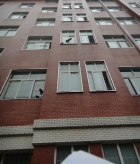 学生公寓全部安装隐形防护窗