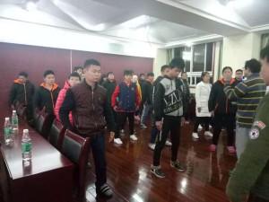 湖南中医药高等专科学校王德瑜教授团队来校为精益推拿会开展讲座